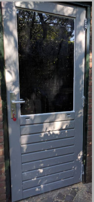 Achterdeuren (Hardhout met stapeldorpels)